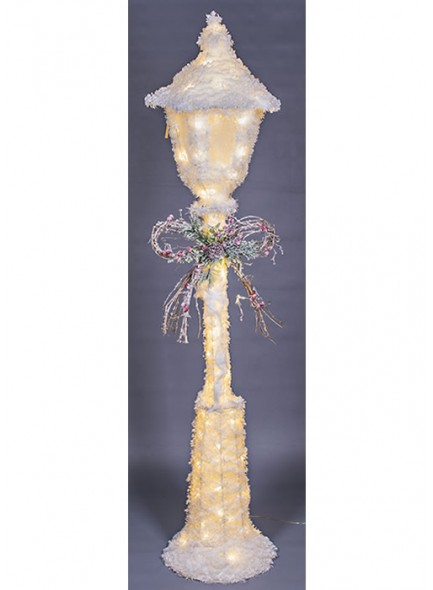 The Grange Collection Christmas Lamp Post with LED